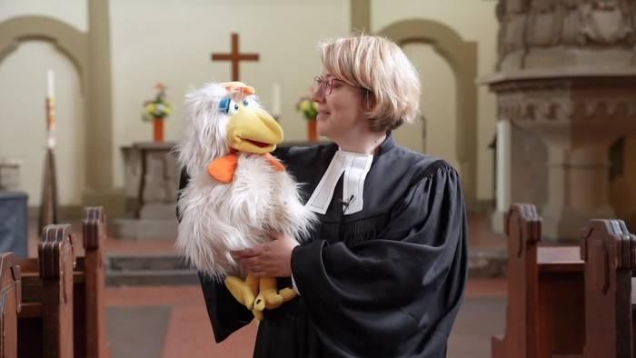 News video: Hahn Otto soll Gottesdienst unterhaltsamer machen