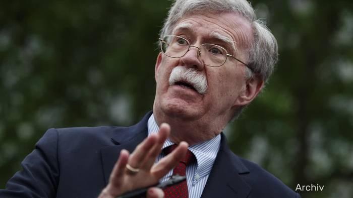 Video: Enthüllungsbuch: US-Regierung klagt gegen John Bolton