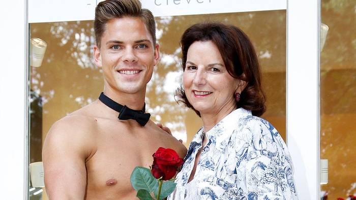 News video: Mit Toyboy nach Ibiza: Claudia Obert lässt mit neuem Sonnyboy nichts anbrennen