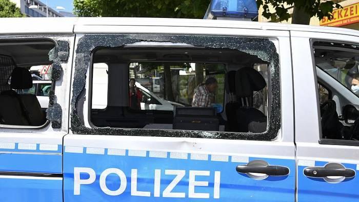 News video: Gewalt in Stuttgart: Politik fordert harte Strafen