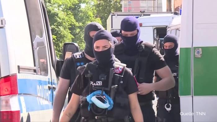 News video: Razzia in Salafisten-Moschee: Betrug bei Corona-Soforthilfen
