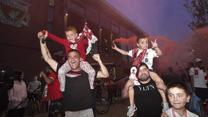 News video: Feiern, bis der Arzt kommt? Liverpool-Fans ignorieren Abstandsregeln