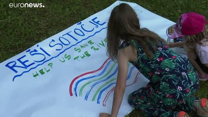 Video: Aktivisten kämpfen in Slovenien für den Schutz der Save