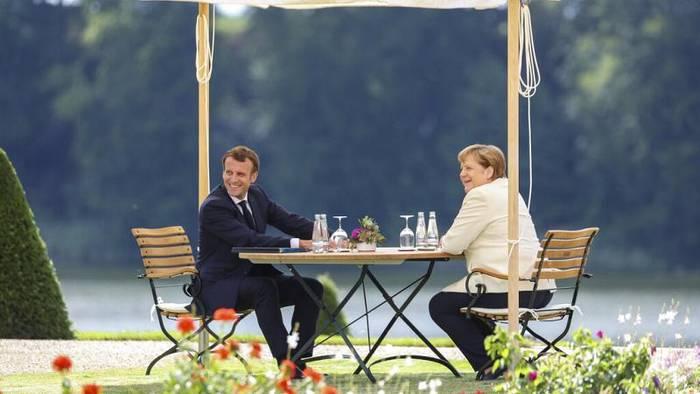 News video: Merkel meets Macron - Euronews am Abend am 29.06.
