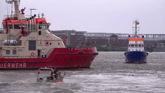 News video: Hamburg: Feuerwehrübung zeigt Gefahren beim Baden