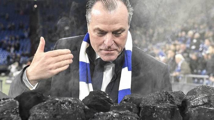 News video: Clemens Tönnies tritt als Aufsichtsratschef von Schalke 04 zurück