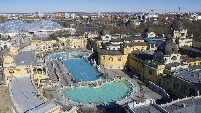 News video: Start-Signal für Budapest-Tourismus: Széchenyi-Thermalbad wieder offen