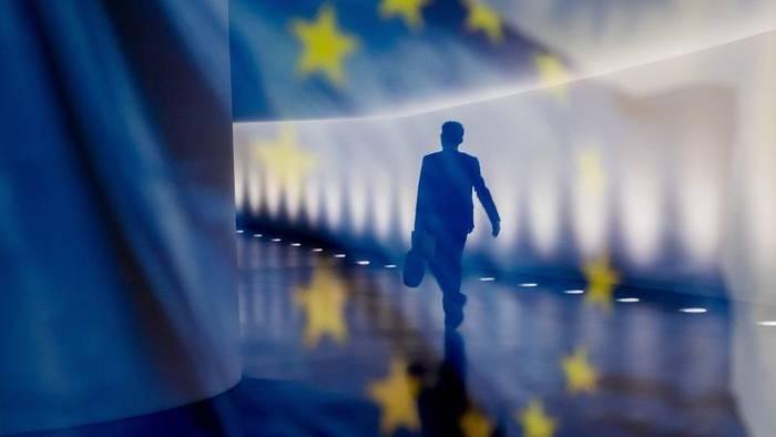 Video: Steigende Arbeitslosigkeit in der EU trifft vor allem Frauen und Junge