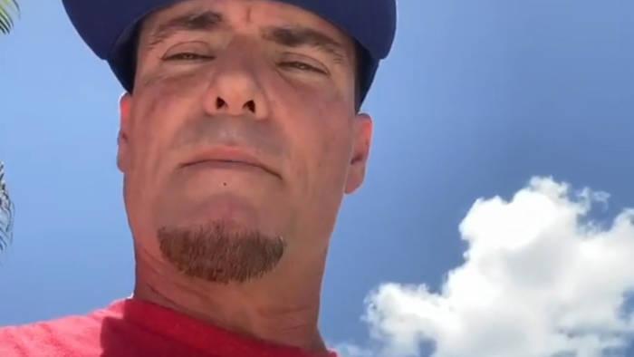 News video: Trotz ansteigender Infektionen: Vanilla Ice wollte ein Konzert in Texas geben