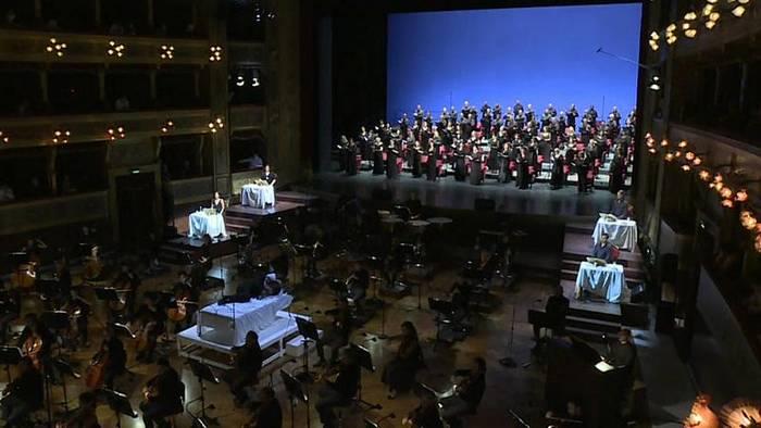 Video: Opernhaus in Palermo wieder geöffnet