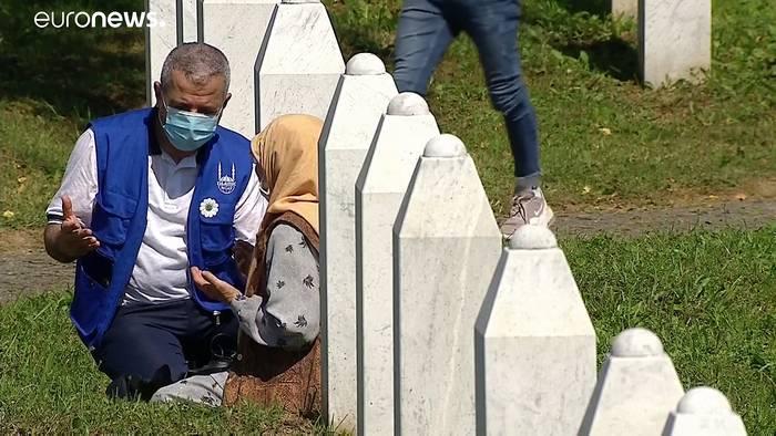 News video: Srebrenica: Trauerfeier in Opfergedenkstätte Potočari