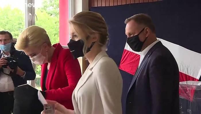 News video: Duda oder Trzaskowski: Wer wird neuer Präsident in Polen?
