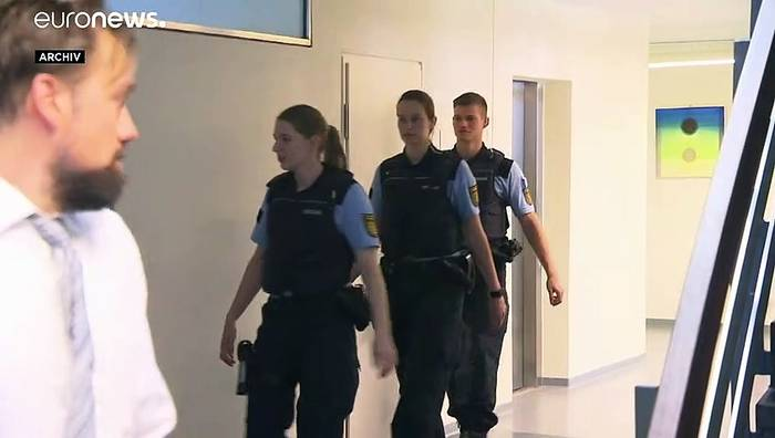 News video: Gruppenvergewaltigung in Freiburg: Haftstrafen für elf Männer