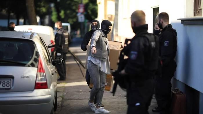 News video: NRW: Verdacht auf Clankriminalität - Vier Männer