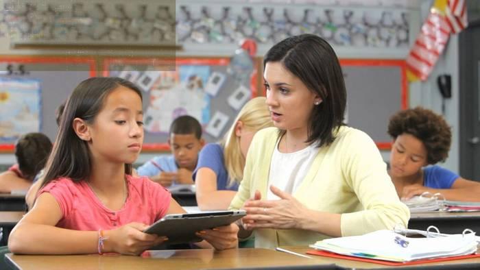 News video: Bayern will die Digitalisierung an den Schulen vorantreiben