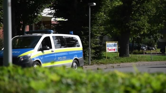 Video: Stadt Heide: Teststationen und Kontaktbeschränkungen