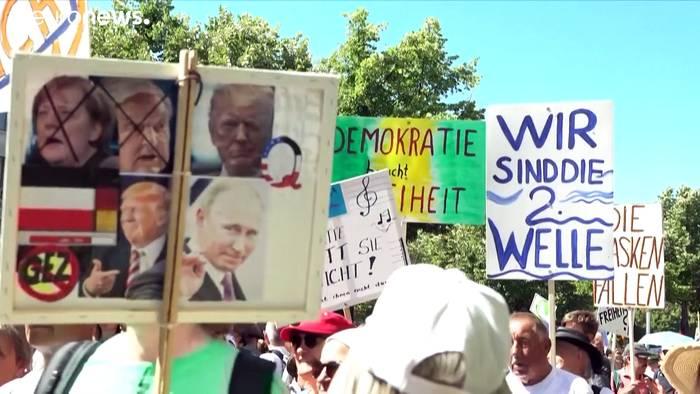 Video: Nach Strafanzeige: Veranstalter beenden Demo gegen Corona-Auflagen