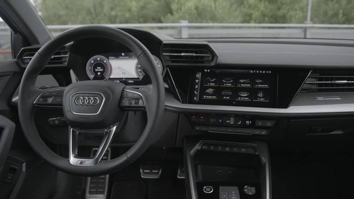 News video: Der neue Audi A3 Sportback und die neue Audi A3 Limousine - Das Infotainment