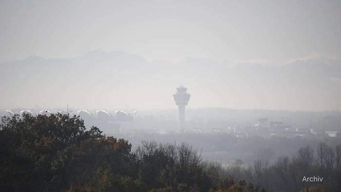 News video: Nach Milliardenverlust: Lufthansa droht mit Entlassungen