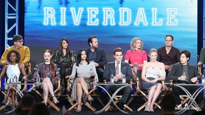 "News video: ""Riverdale"" als Film? Serie sollte anders aussehen"