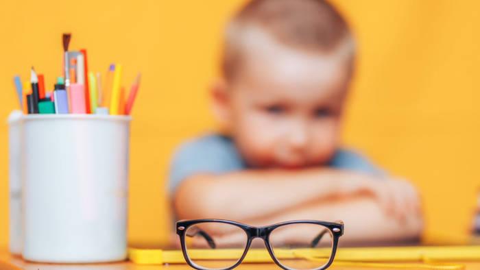 News video: Hat Lockdown die Augen tausender Kinder beschädigt?