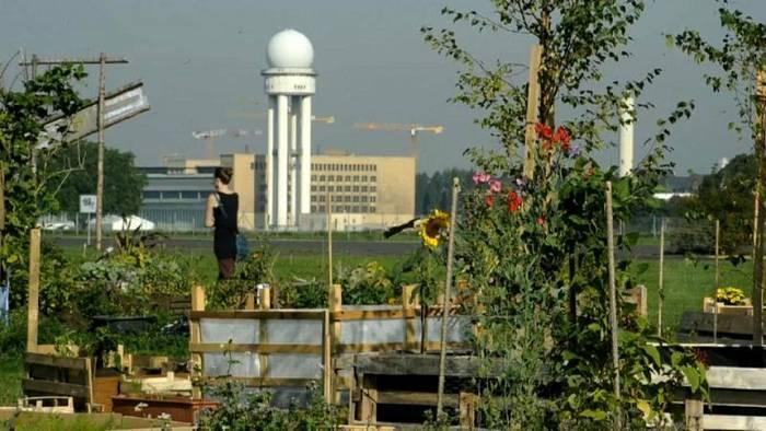 News video: Entspannung beim Urban-Gardening am Tempelhofer Feld