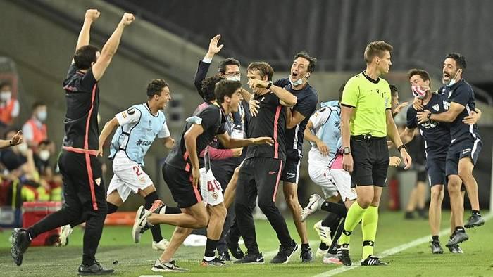 News video: Sevilla nach 2:1 Sieg gegen Manchester United im Europa-League-Finale