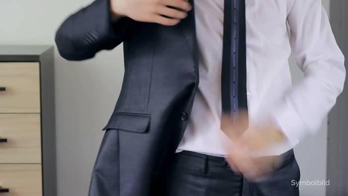 News video: Umsatzminus: Anzüge und Home-Office vertragen sich nicht
