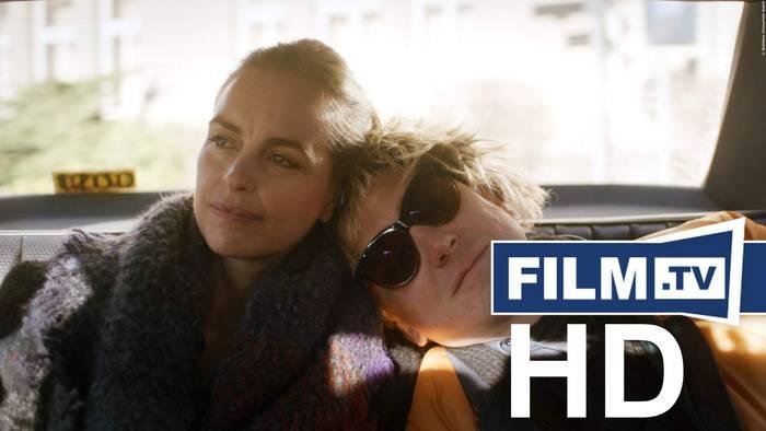 News video: Schwesterlein Trailer Deutsch German (2020)