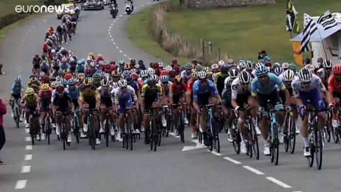News video: Pogacar gewinnt zweite Pyrenäen-Etappe - Roglic in Gelb