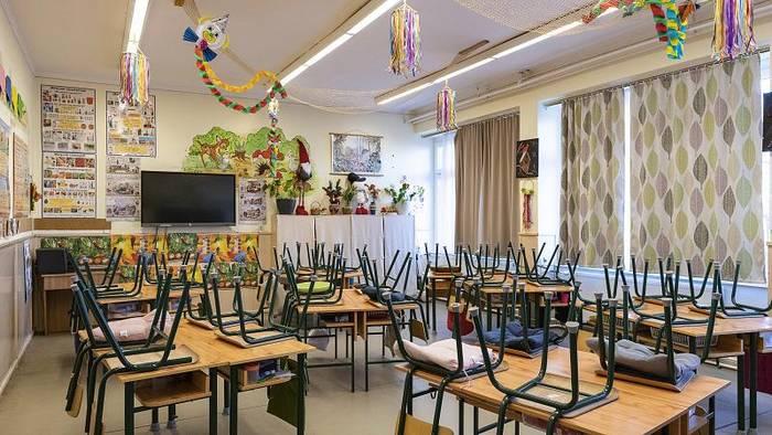 News video: Ungarn: Erste Schulen schließen wieder