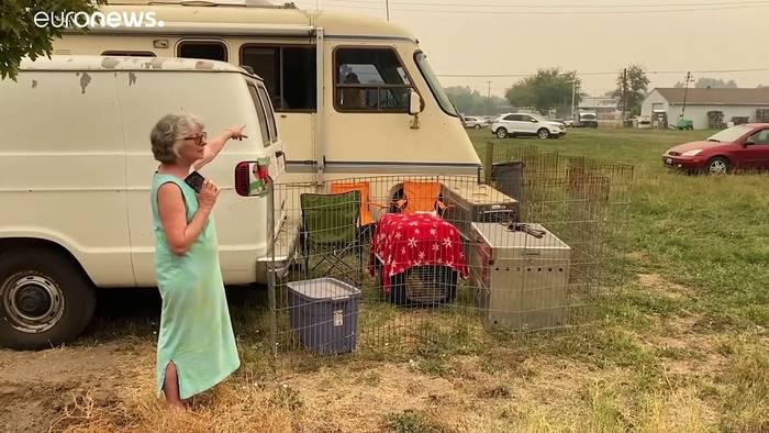 Video: Waldbrand-Vertriebene an der US-Westküste:
