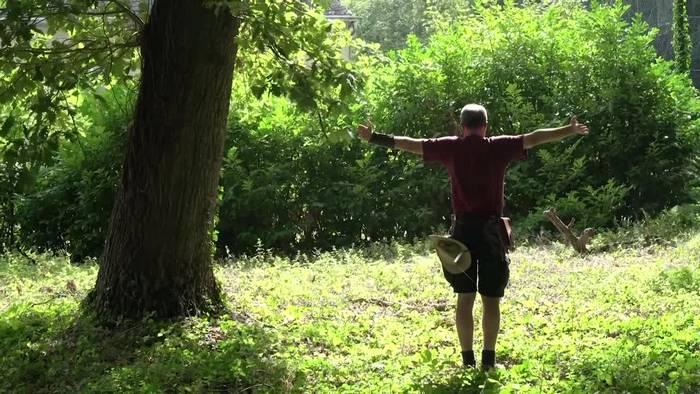 News video: Mit Bogenschießen im Kloster zur Ruhe kommen