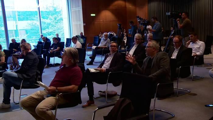 News video: Nordrhein-Westfalen: Rechtsextreme Chatgruppen bei Polizei entdeckt