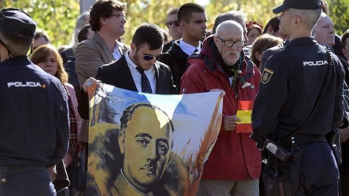 """News video: Spanien: Gesetz gegen Kult um """"Generalissimus"""" Franco"""