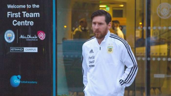 News video: Wird Barcelona Messi einfach gehen lassen?