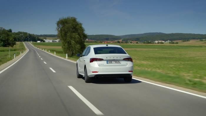 News video: Mild- und Plug-in-Hybrid und Erdgas - neue Antriebsvarianten für den ŠKODA OCTAVIA