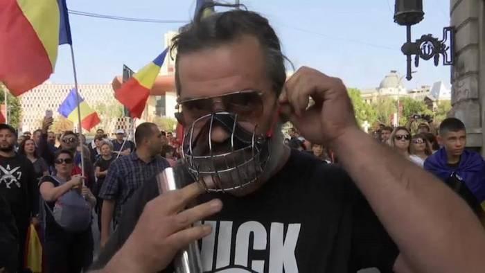 News video: Anti-Corona-Demos in London und Bukarest