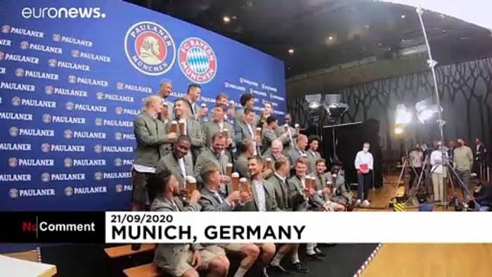 News video: FC Bayern München: Gute Laune beim traditionellen Lederhosen-Shooting