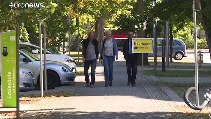 News video: Aufnahme von Moria-Flüchtlingen - Neuruppin setzt Zeichen
