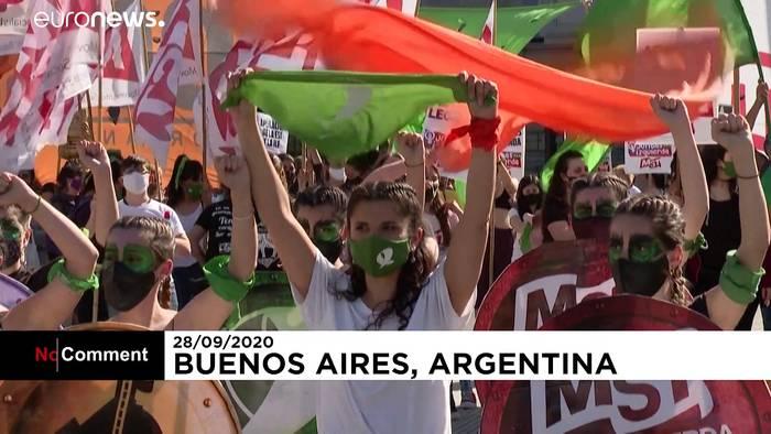 News video: Argentinien: Frauen demonstrieren für Recht auf Abtreibung