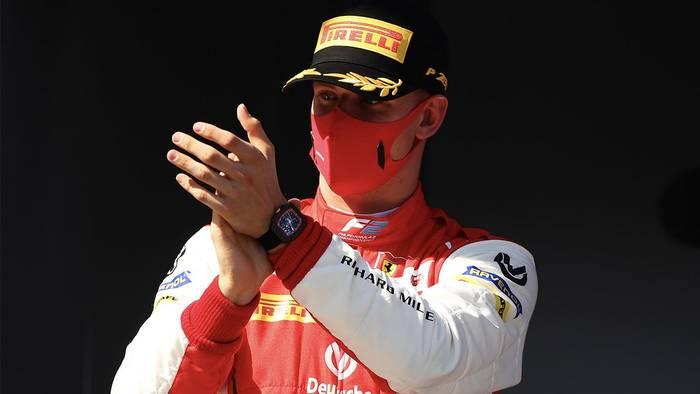 News video: Michael Schumacher: Sohn postet rührendes Foto!