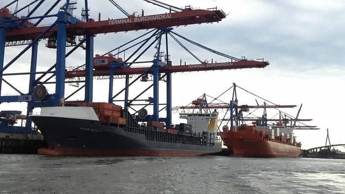 Video: Moin moin statt Ni hao: Hamburger kaufen Anteile am Hafen von Triest