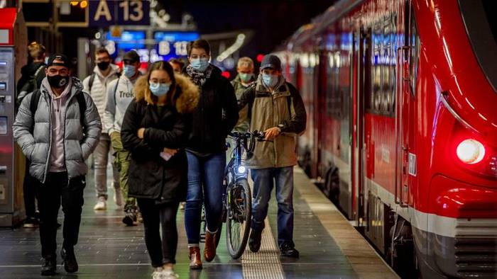 Video: Mehr als 4.500 Neuinfektionen - Drosten warnt vor Fake News