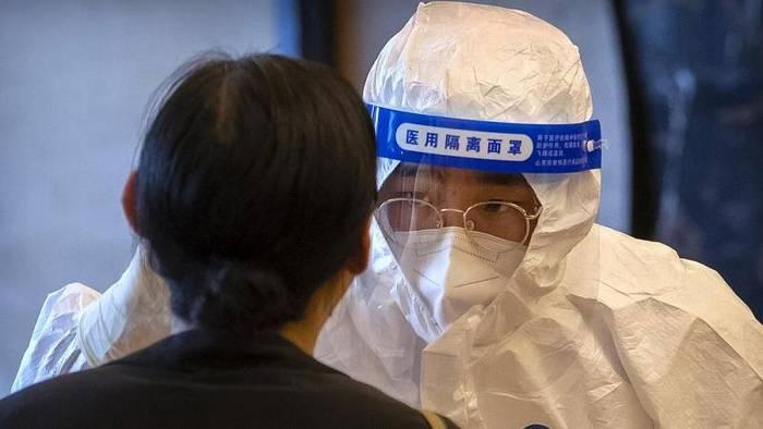 Video: 12 neue Corona-Fälle: China testet 9 Mio. Menschen in Qingdao in 5 Tagen testen