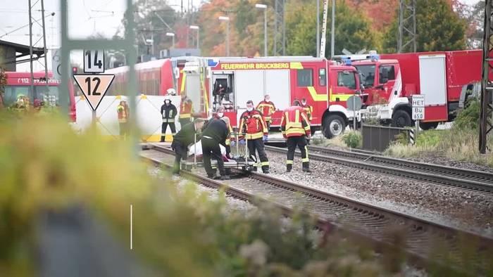 Video: Bayern: Zwei Brüder sterben bei Bahnunfall