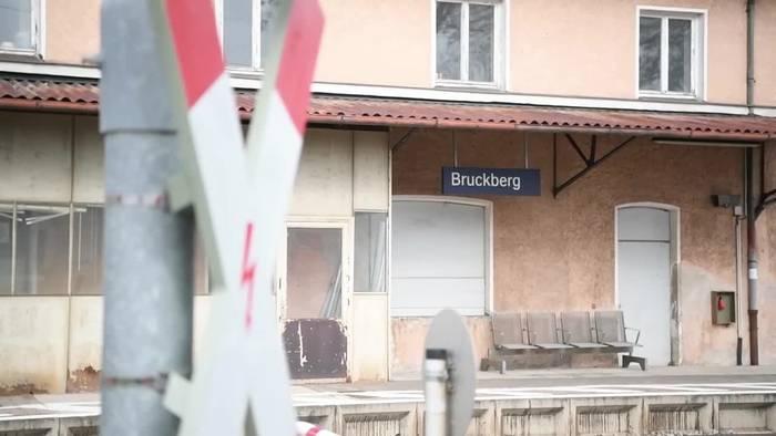 Video: Bayern: Zwei Brüder auf dem Weg zur Schule gestorben