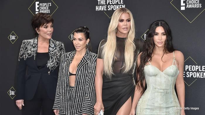 News video: Kritik an den Kardashians: Shitstorm wegen Geburtstagsfeier