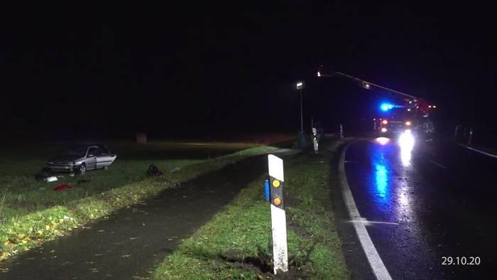 News video: Auto fährt in Menschengruppe: Zwölfjähriger tot