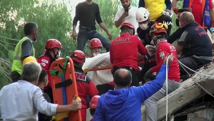 Video: Nach Erdbeben werden in und um Izmir mehr Opfer befürchtet